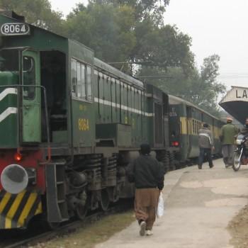 Pakistan_Railways,_Lalamusa_Jn,_1